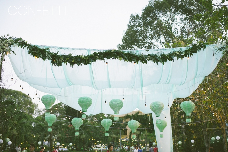 Confetti-real-wedding-Colorful world is ahead (18)