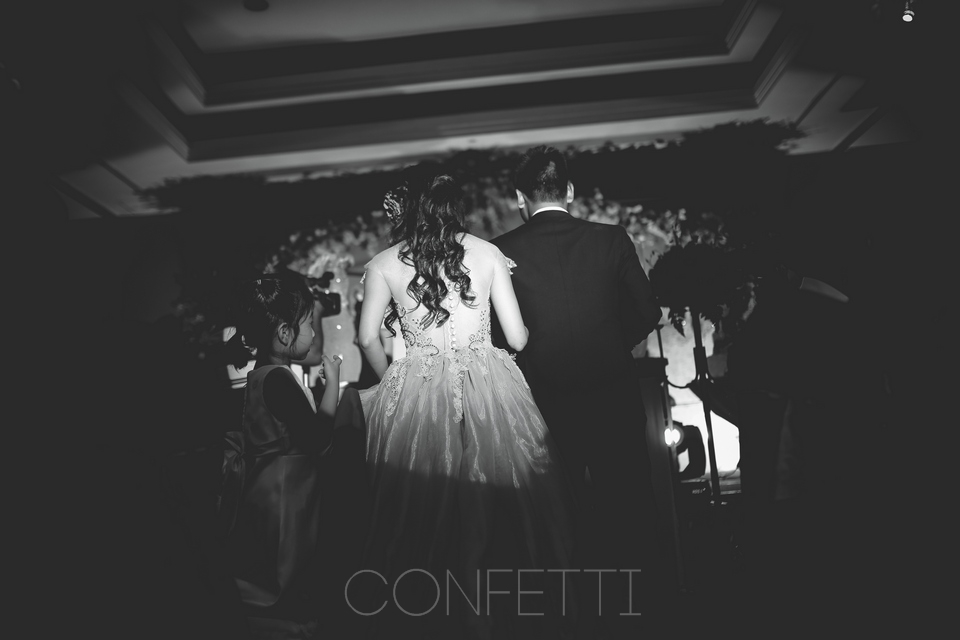 Confetti-real-wedding-Love-sonate (37)
