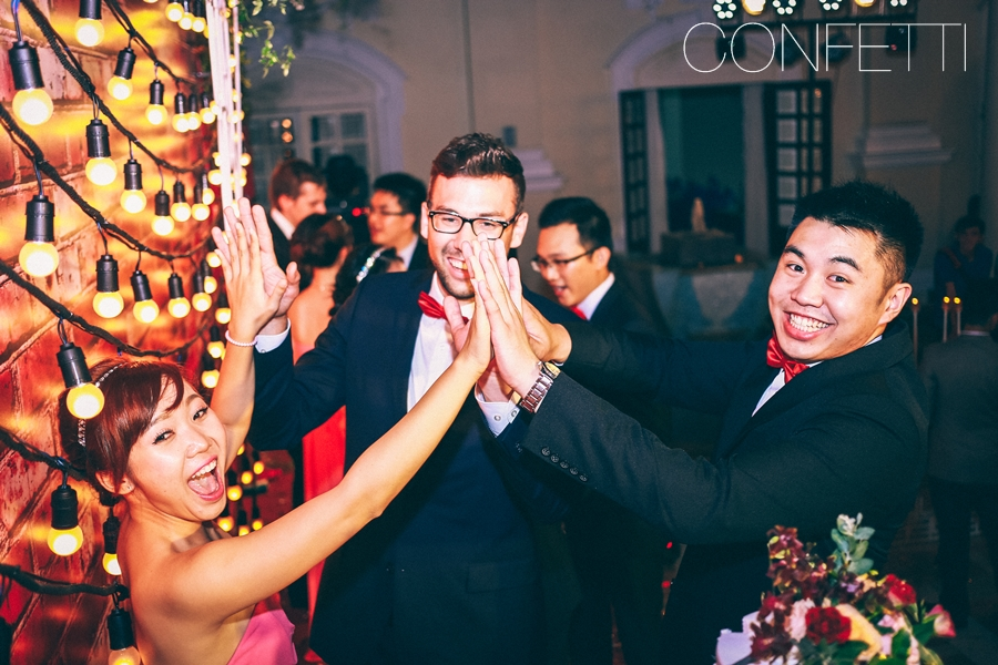 Confetti-real-wedding-Love-berry-wine-story (4)