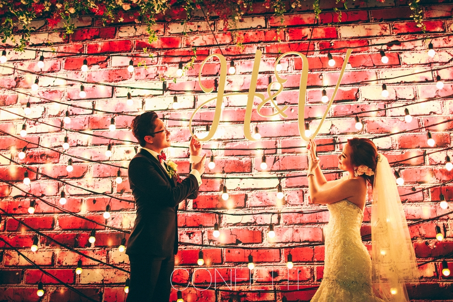 Confetti-real-wedding-Love-berry-wine-story (44)
