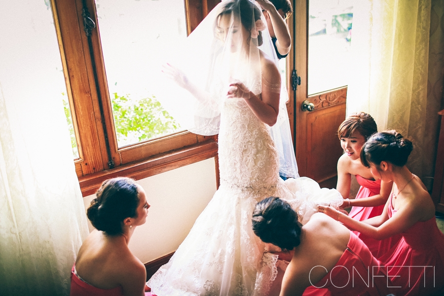 Confetti-real-wedding-Love-berry-wine-story (48)