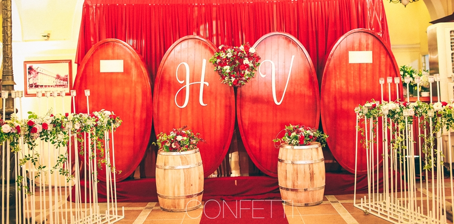 Confetti-real-wedding-Love-berry-wine-story (61)