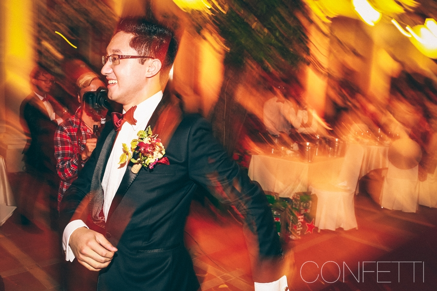 Confetti-real-wedding-Love-berry-wine-story (77)