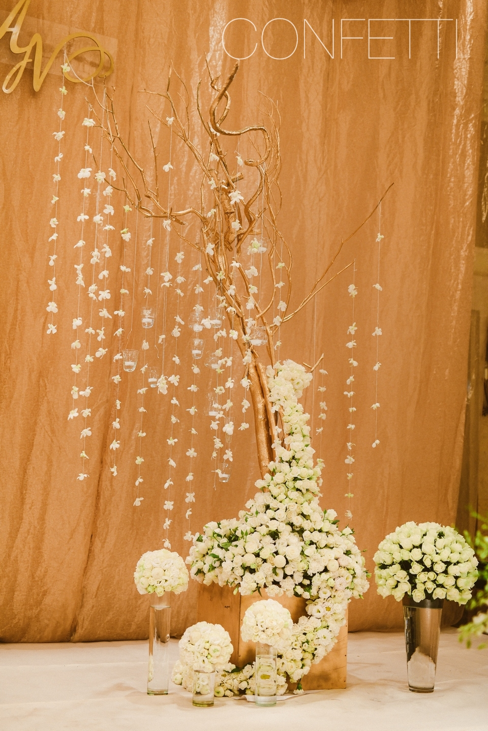 Confetti-real-wedding-Flawless combination (11)