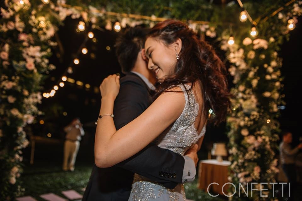 Confetti-real-wedding-A-walk-through-moments (9)