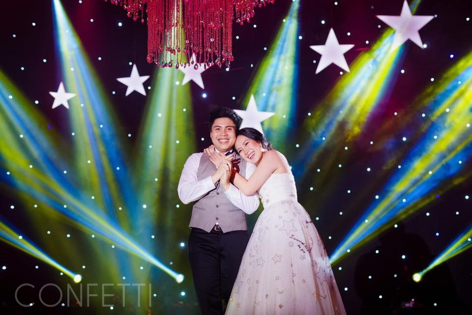 Confetti-real-wedding-StarDust (48)