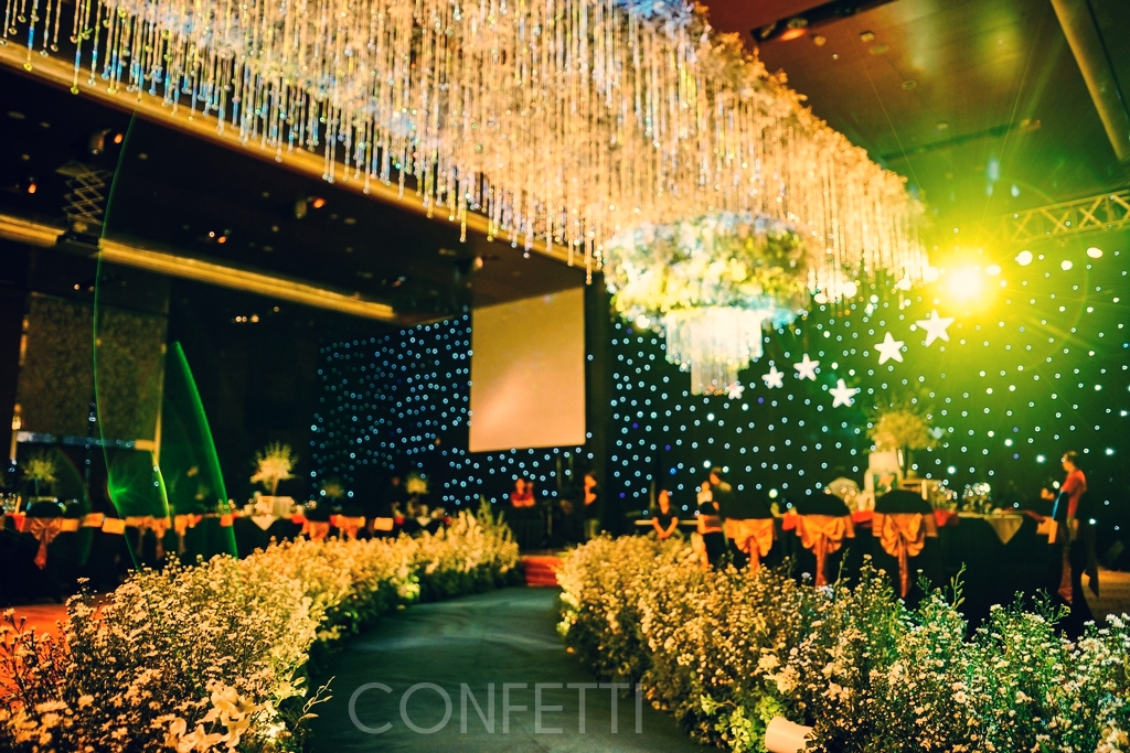 Confetti-real-wedding-StarDust (82)