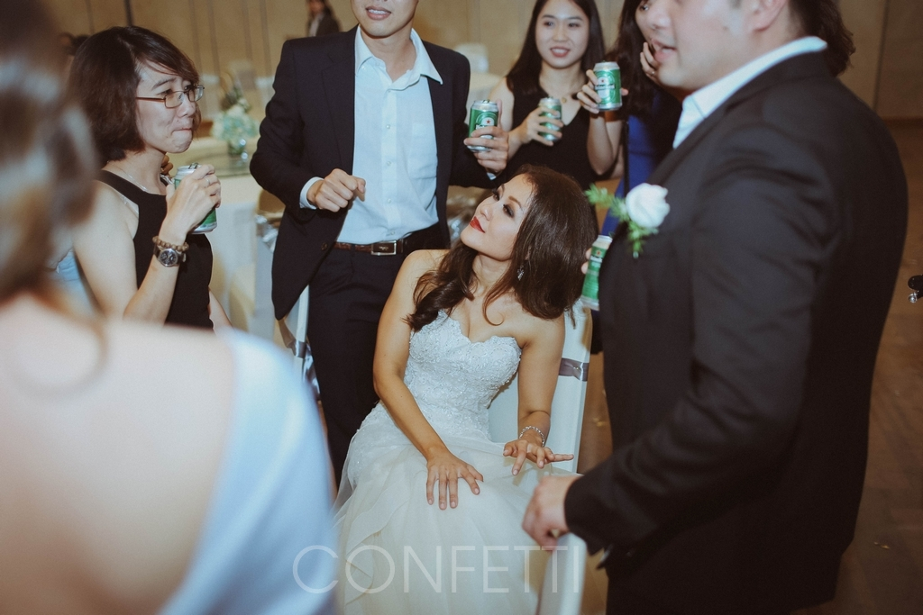 Confetti-real-wedding-Together-we-have-it-all (32)