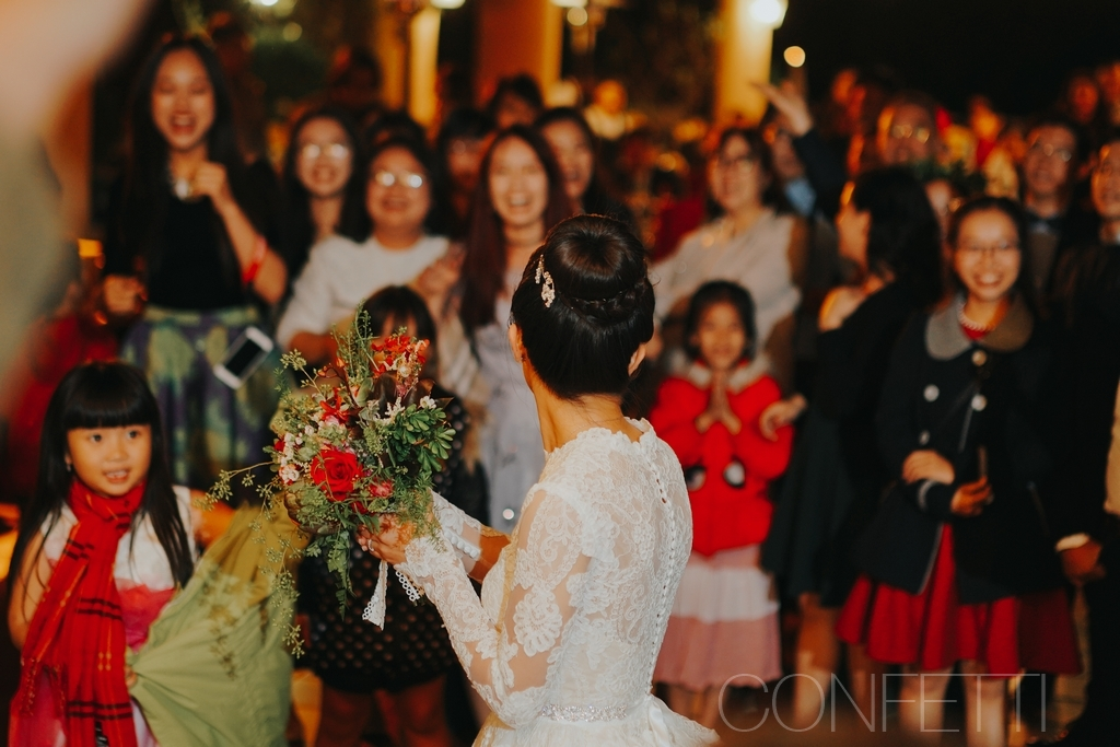 Confetti-real-wedding-Love-is-there-forever (25)