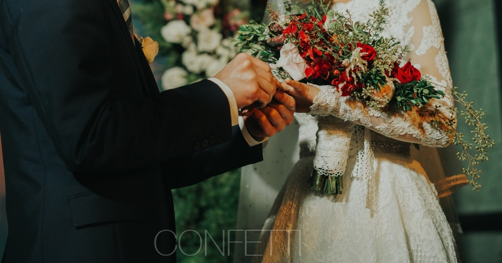 Confetti-real-wedding-Love-is-there-forever (47)