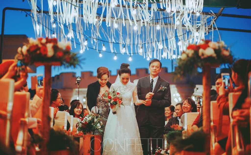 Confetti-real-wedding-Love-is-there-forever (9)
